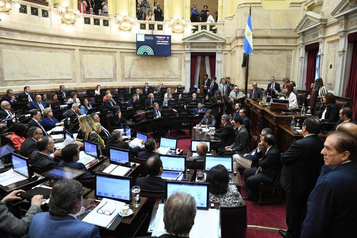 El Senado aprobó la Ley de Emergencia Económica