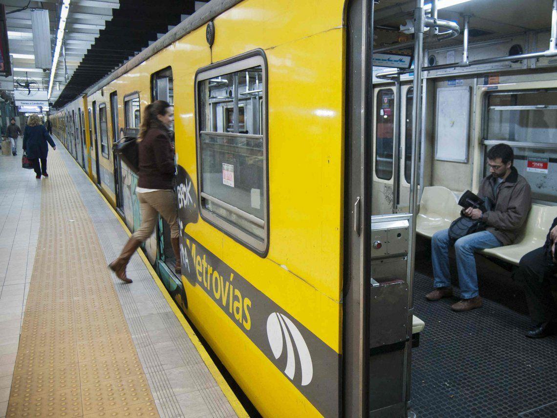 Coronavirus en Argentina: se redujo en más de 200 mil personas el uso del transporte público en el Área Metropolitana