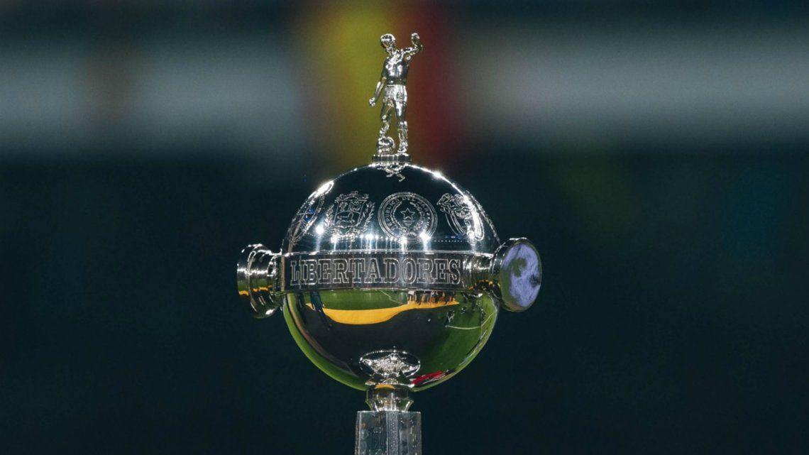 Árbitros para la Sudamericana y Libertadores