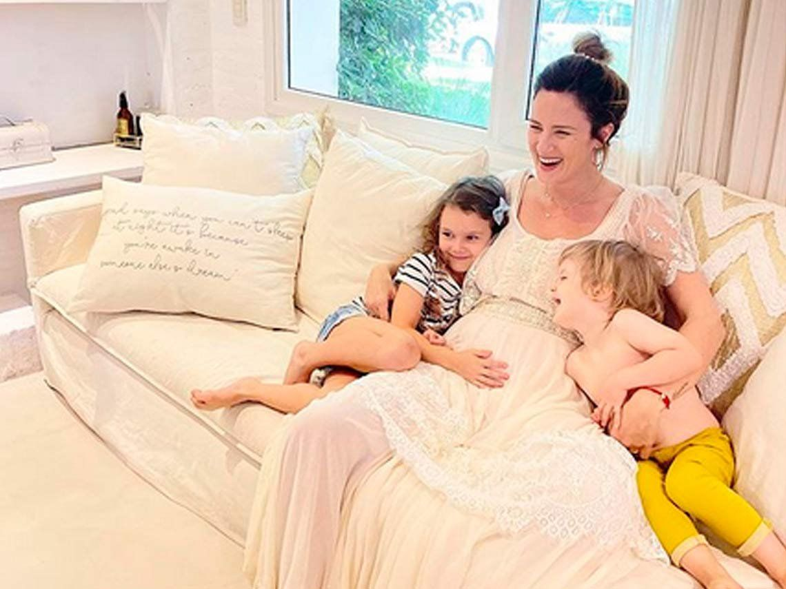 Paula Chaves confirmó su nuevo embarazo: La banda se agranda
