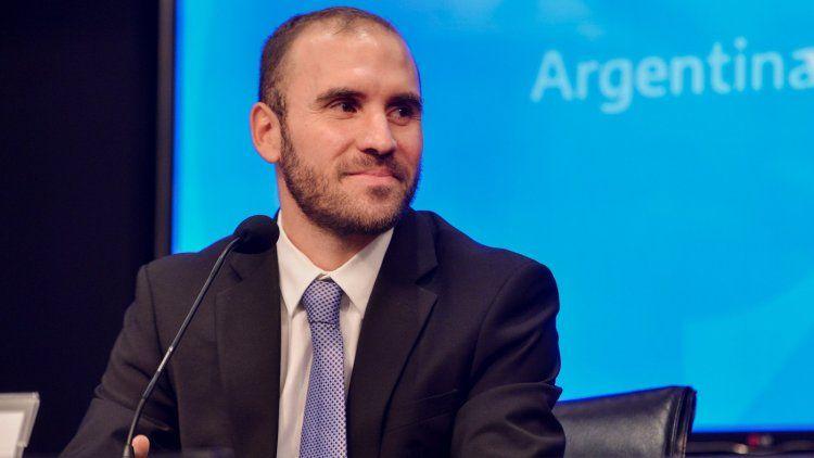 Guzmán afirmó estar muy contento por volver al país y poder trabajar para sacarlo adelante.