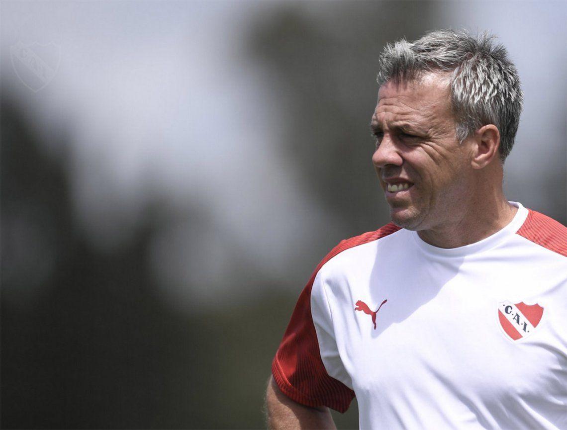 Independiente: sin refuerzos y fastidioso, Lucas Pusineri se reúne con los dirigentes