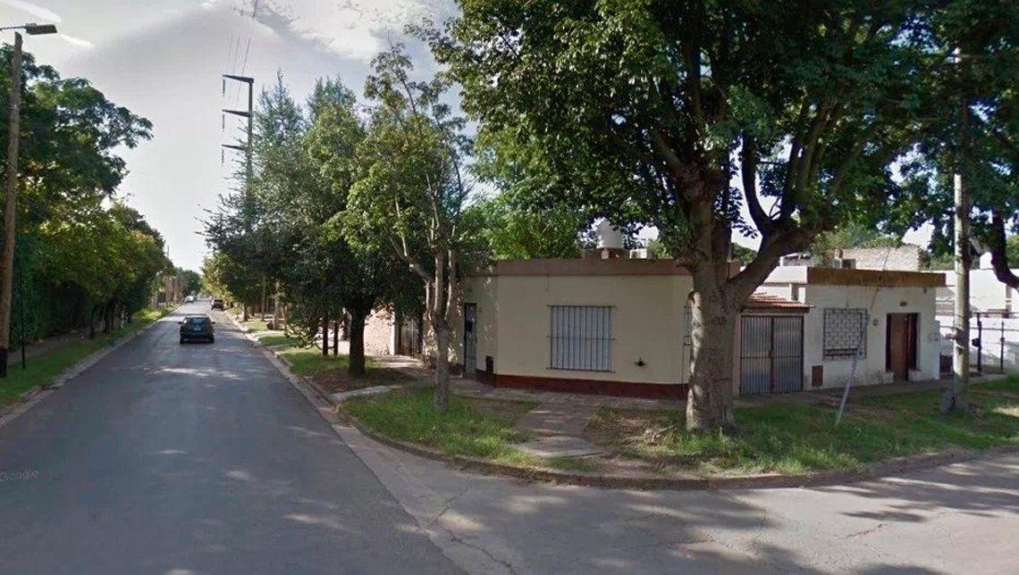 Femicidio en Ituzaingó: asesina a puñaladas a su ex y lo detienen los vecinos