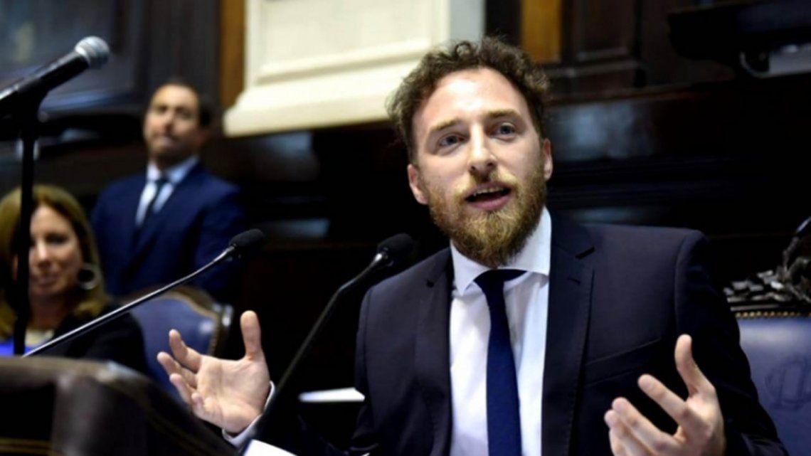 Otermín: Buenos Aires necesita una democracia intensa