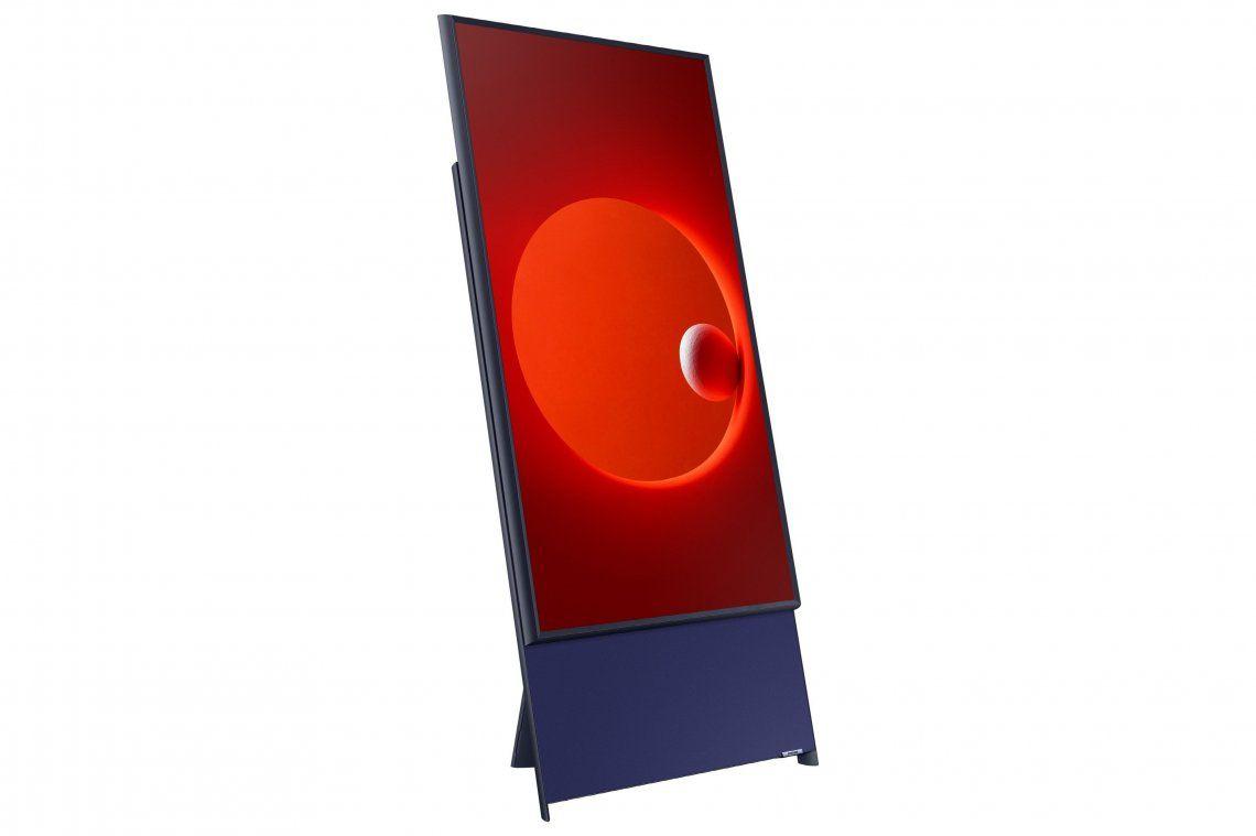Cómo es el nuevo televisor vertical para ver contenidos para el móvil