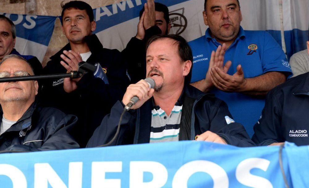 El Gobierno inscribió a sindicato de camioneros distanciado de Moyano