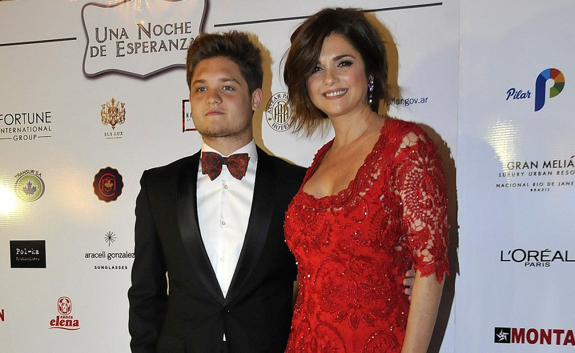 El hijo de Araceli González y Adrián Suar dio detalles del difícil momento de salud que atravesó su mamá.