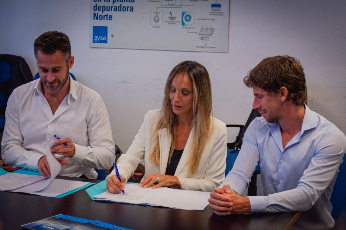 Pilar y San Fernando: Malena Galmarini firmó un convenio para realizar obras de agua y cloaca