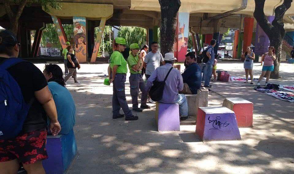 La semana anterior hubo mucha tensión en la zona ante la presencia de agentes municipales y policías.