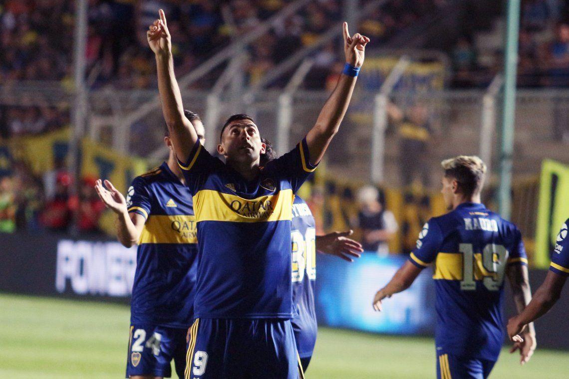Boca arrancó con el pie derecho la segunda era de Russo: 2-0 a Universitario de Perú