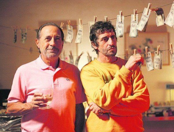 Guillermo Francella y Diego Peretti en una escena de El Robo del Siglo.