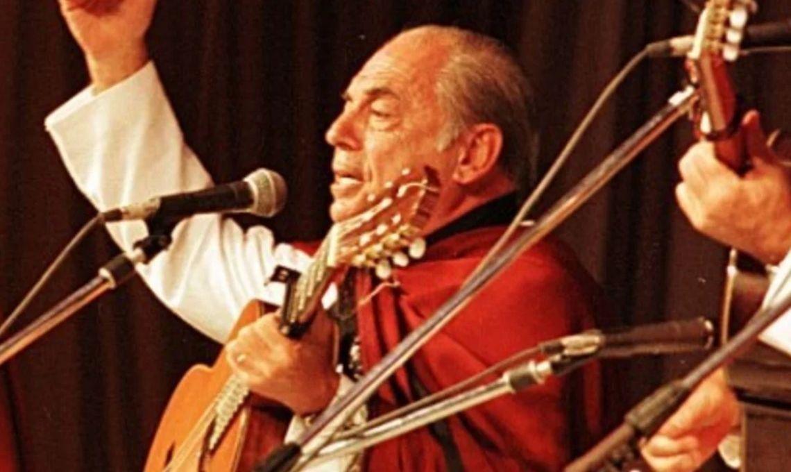 La muerte deJuan Carlos Saravia: músicos y funcionarios despedían en las redes sociales al Chalchalero