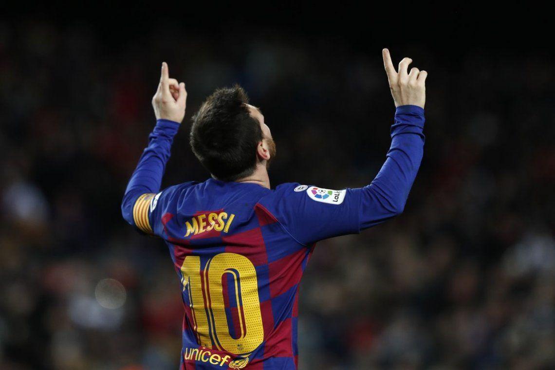 Messi le dio el triunfo a Barcelona en el debut de Setién