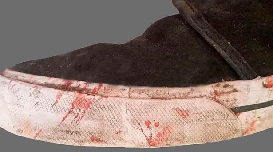 La imagen de las zapatillas que habría usado uno de los asesinos de Fernando Báez Sosa en el momento del crimen