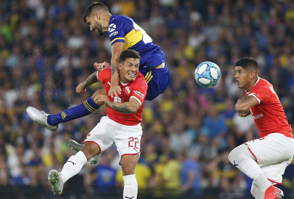 Boca hizo poco contra Independiente y River se alejó