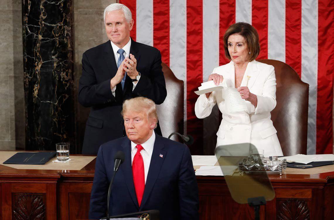 ¡Escándalo en el Congreso de EEUU! La demócrata Nancy Pelosi rompió el discurso de Donald Trump frente a todos