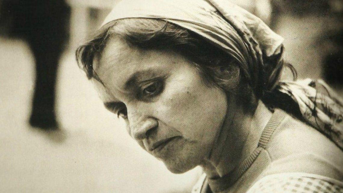 Semblanza a Violeta Parra: la artista que agradeció y maldijo por todos nosotros