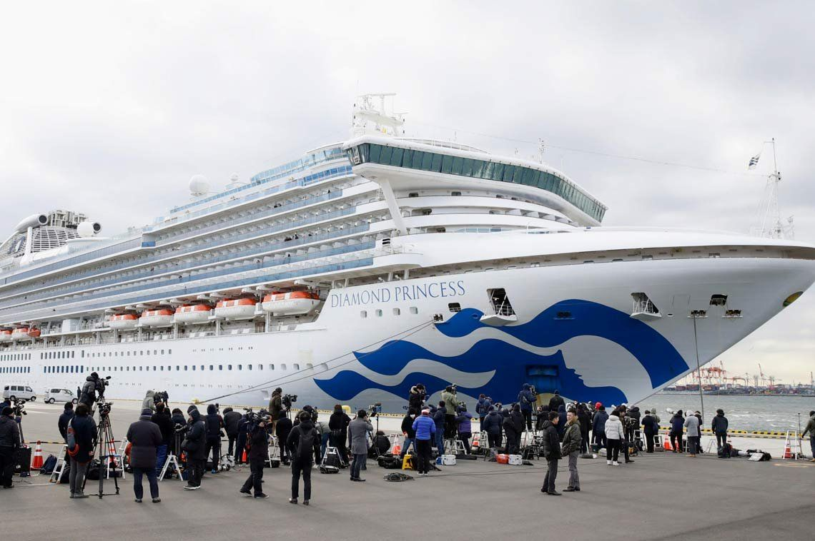 Coronavirus: tres nuevos casos en el crucero del argentino infectado