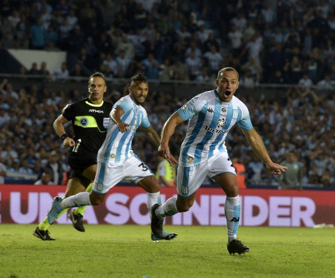 La fiesta de Racing: le ganó un clásico inolvidable a Independiente