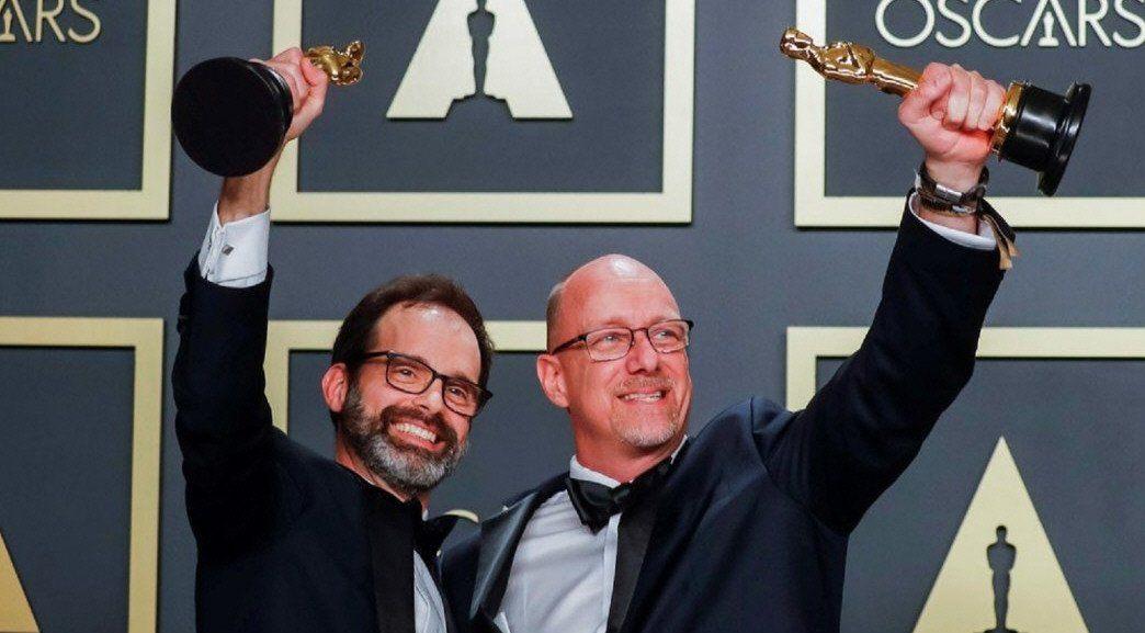 Andrew Buckland (de barba) agradeció a su familia argentina tras el premio.