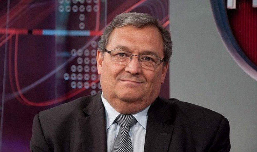 El doctor Osvaldo Bassano siempre cerca de los consumidores y entidades defensoras de los usuarios.