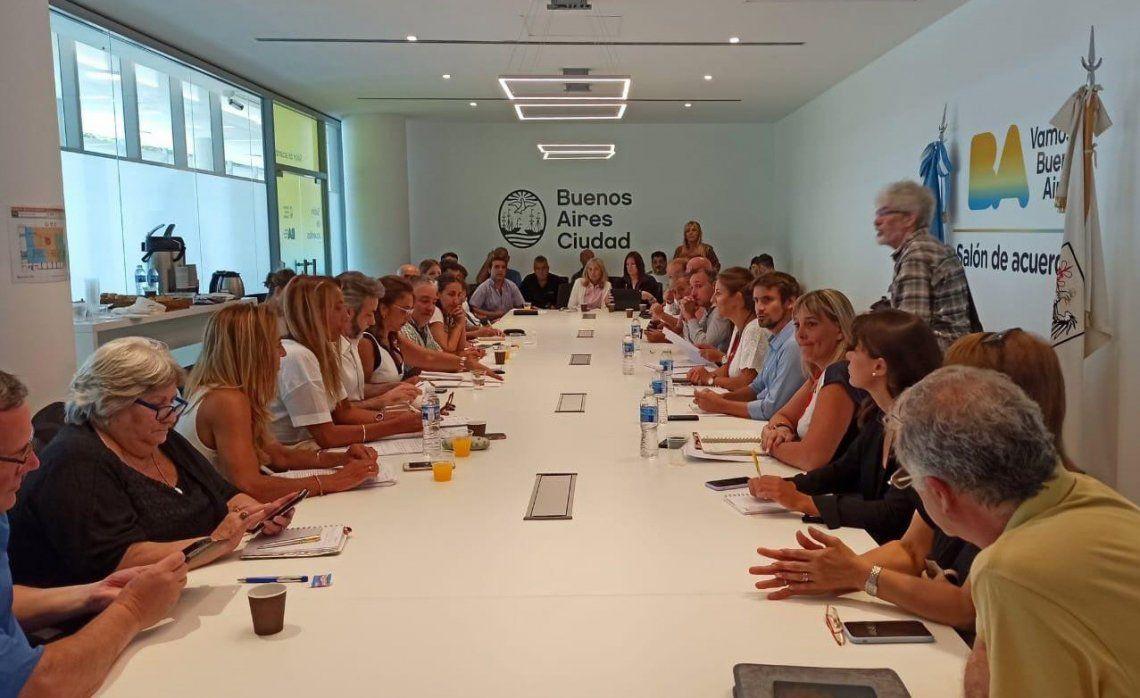 La primera reunión paritaria se extendió por dos horas en la sede educativa del Barrio 31 de Retiro.