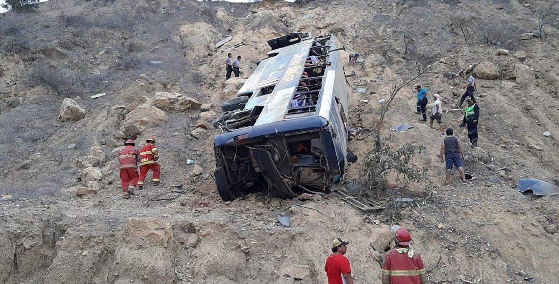 Tragedia en el fútbol: murieron ocho hinchas del Barcelona de Ecuador en un accidente cuando volvían de ver a su equipo