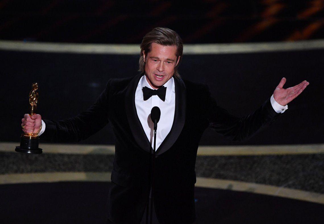 Brad Pitt obtuvo su primer Oscar como actor hace 8 días.