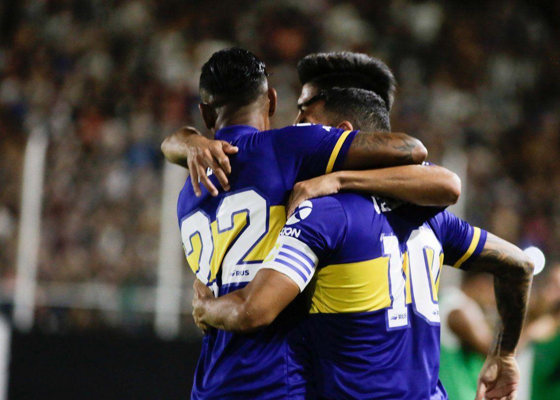 Superliga: con Tévez de estandarte, Boca goleó a Central Córdoba, no le pierde pisada a River y se aferra al sueño de dar la vuelta