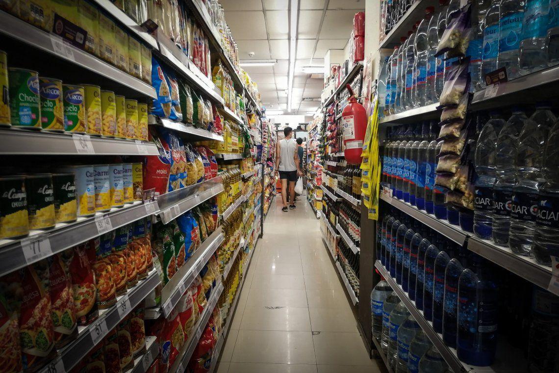 Precios cuidados: supermercados mayoristas y distribuidores se suman con 59 productos