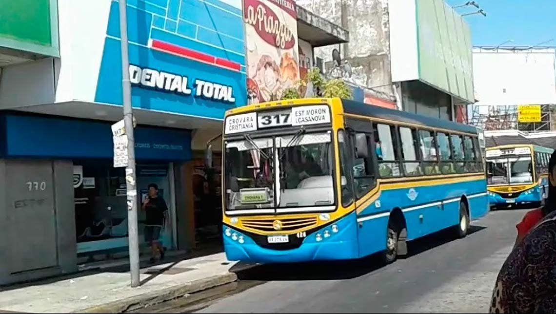 Rafael Castillo | Quiso robar en colectivo y lo atraparon el chofer y los pasajeros