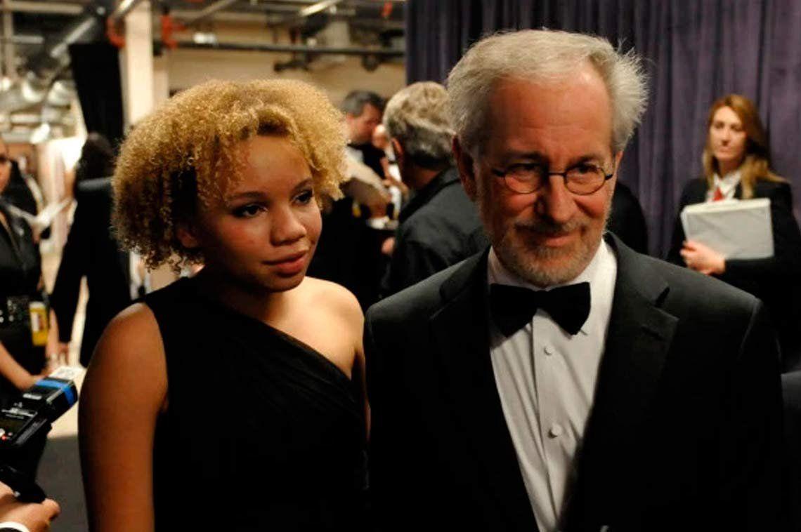 Mikaela, la hija de Steven Spielberg debutó como actriz porno