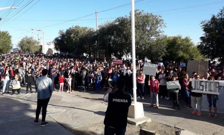 Marcha en Salta y en Santa Cruz por el crimen y la violación en Puerto Deseado