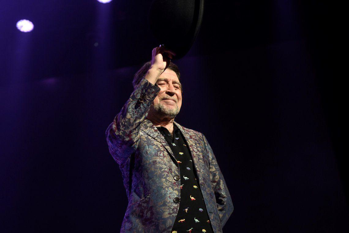 Joaquín Sabina recibió el alta médica tras su grave caída de un escenario