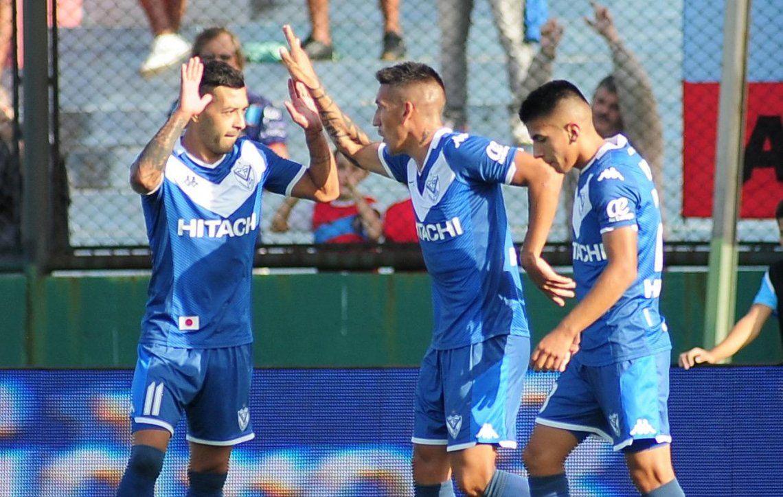 Vélez, un relojito: goleó a Arsenal con un partidazo de Janson, otro gol de Centurión y un doblete de Maxi Romero