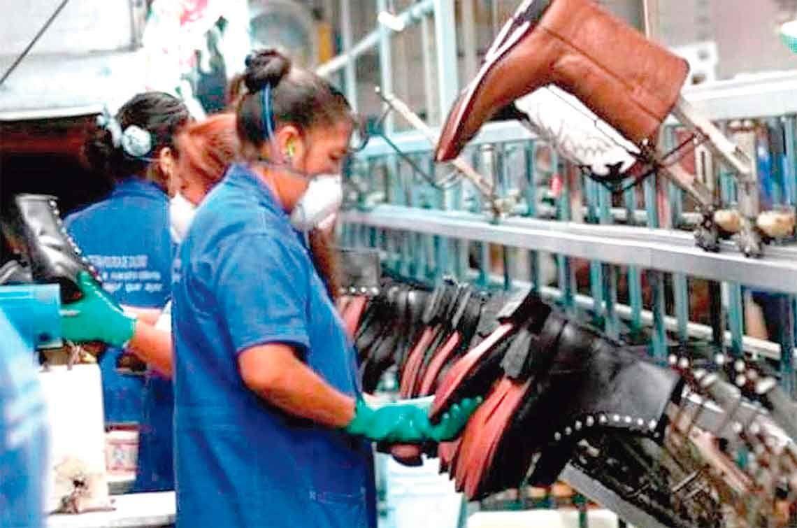 El menor descenso en 20 meses: producción de la industria PyME se desmoronó 0,3%