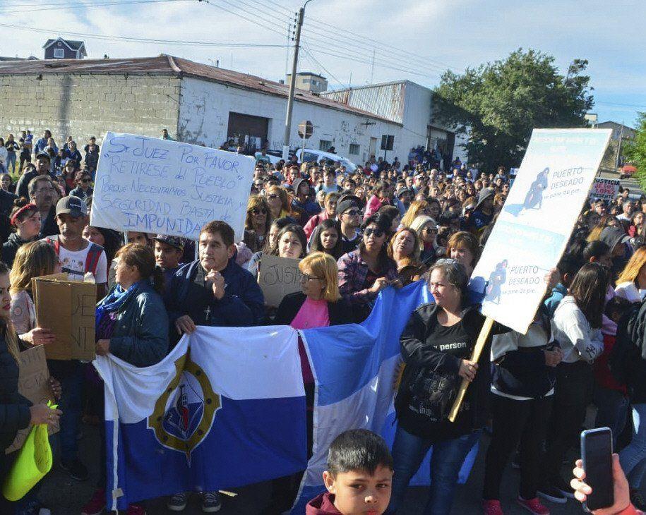 Cientos de personas volvieron a movilizarse para pedir justicia.
