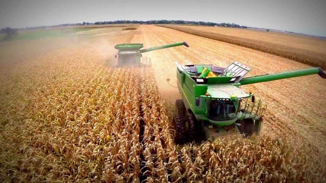 El Gobierno podría aumentar 3% las retenciones a la soja y las entidades agropecuarias analizan medidas