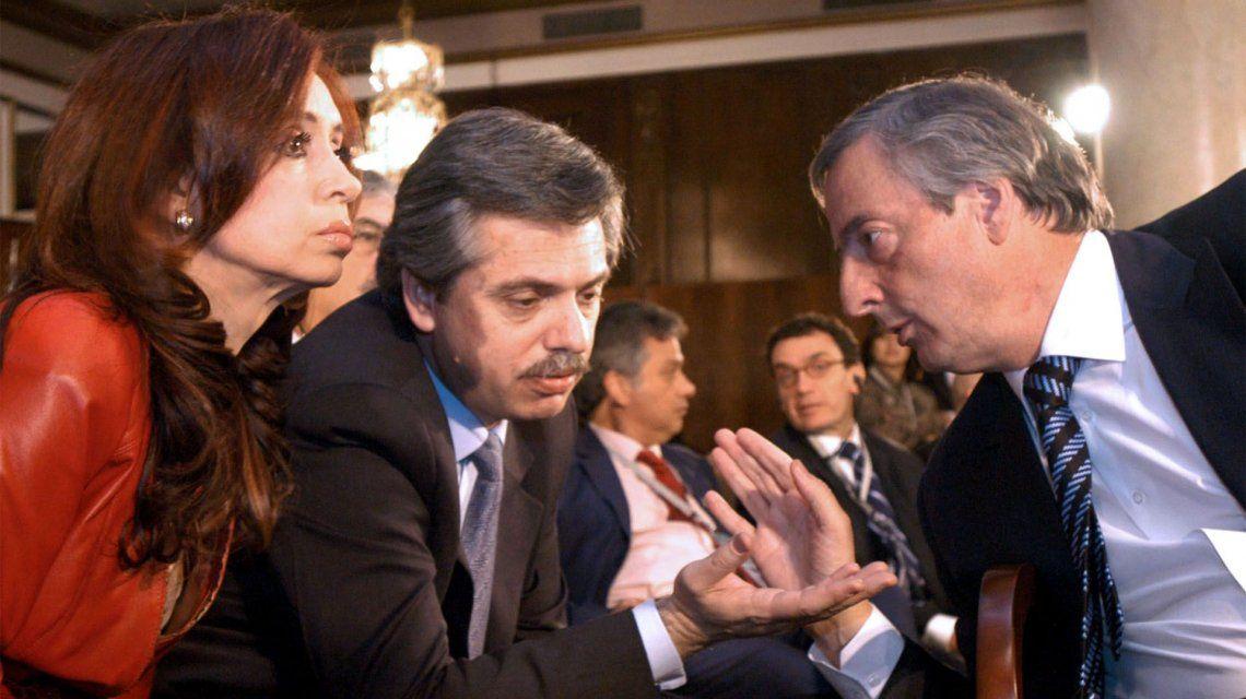 Cristina y Alberto Fernández recordaron a Nestor Kirchner a 70 años de su nacimiento