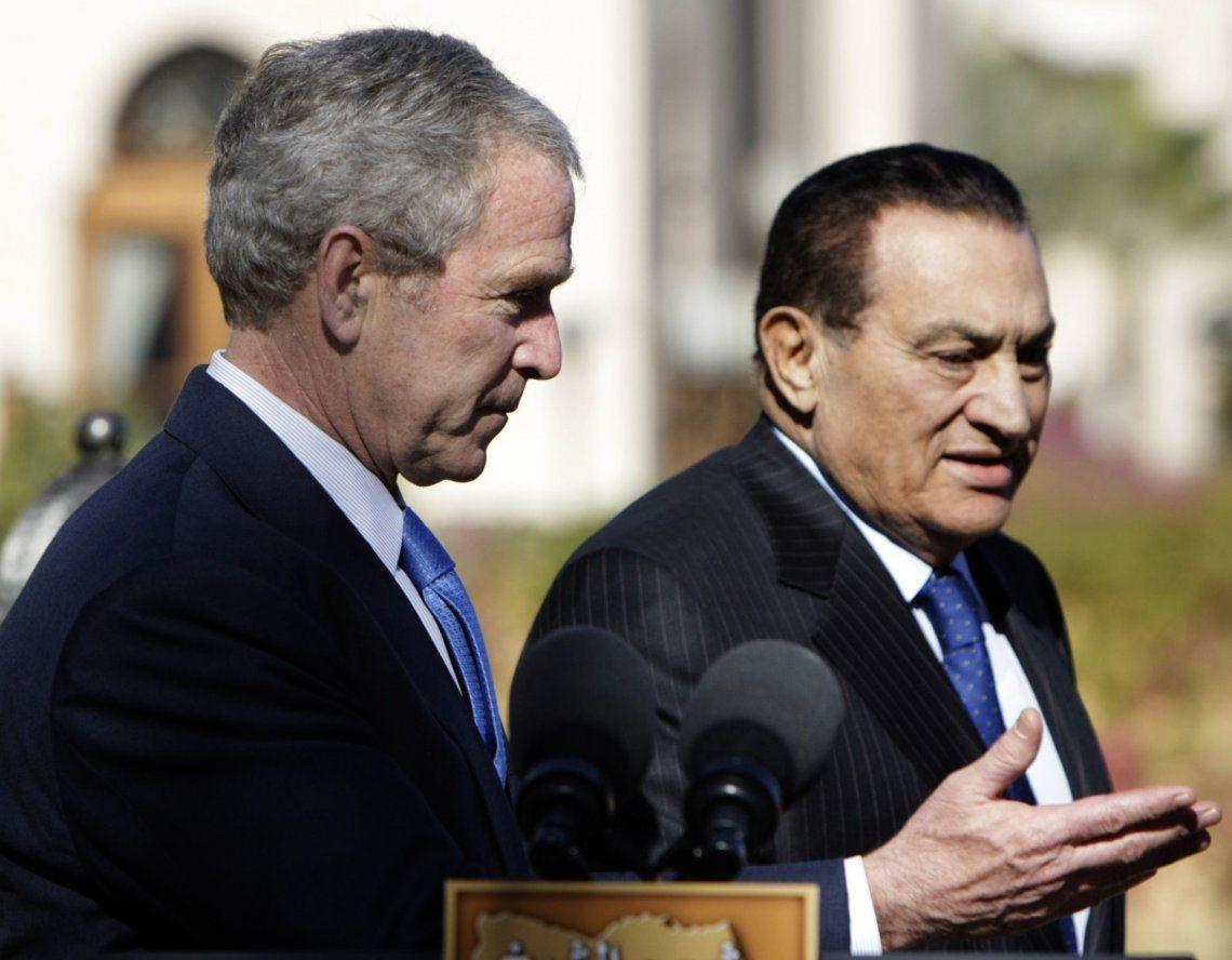 Murió el expresidente egipcio Hosni Mubarak