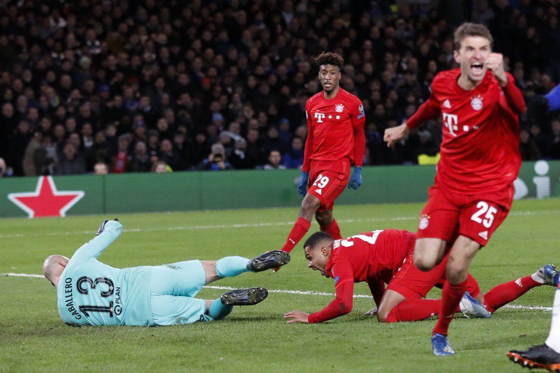 Champions League: Bayern aplastó al Chelsea de Willy Caballero y quedó a un paso de los cuartos