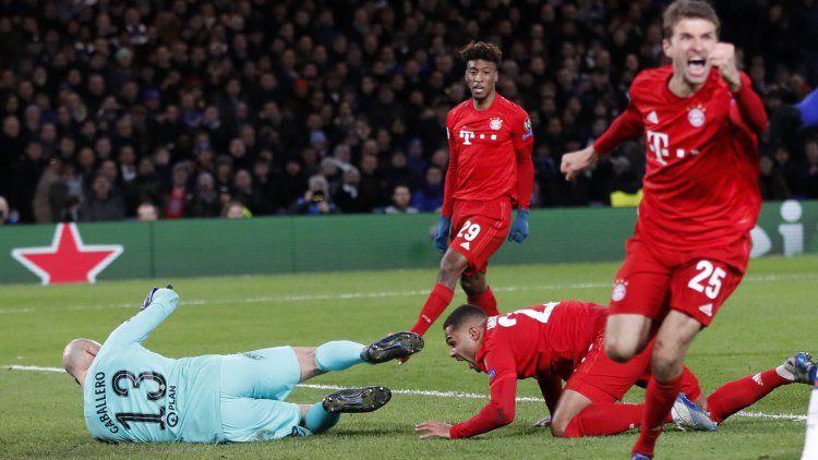 Bayern aplastó al Chelsea de Willy Caballero