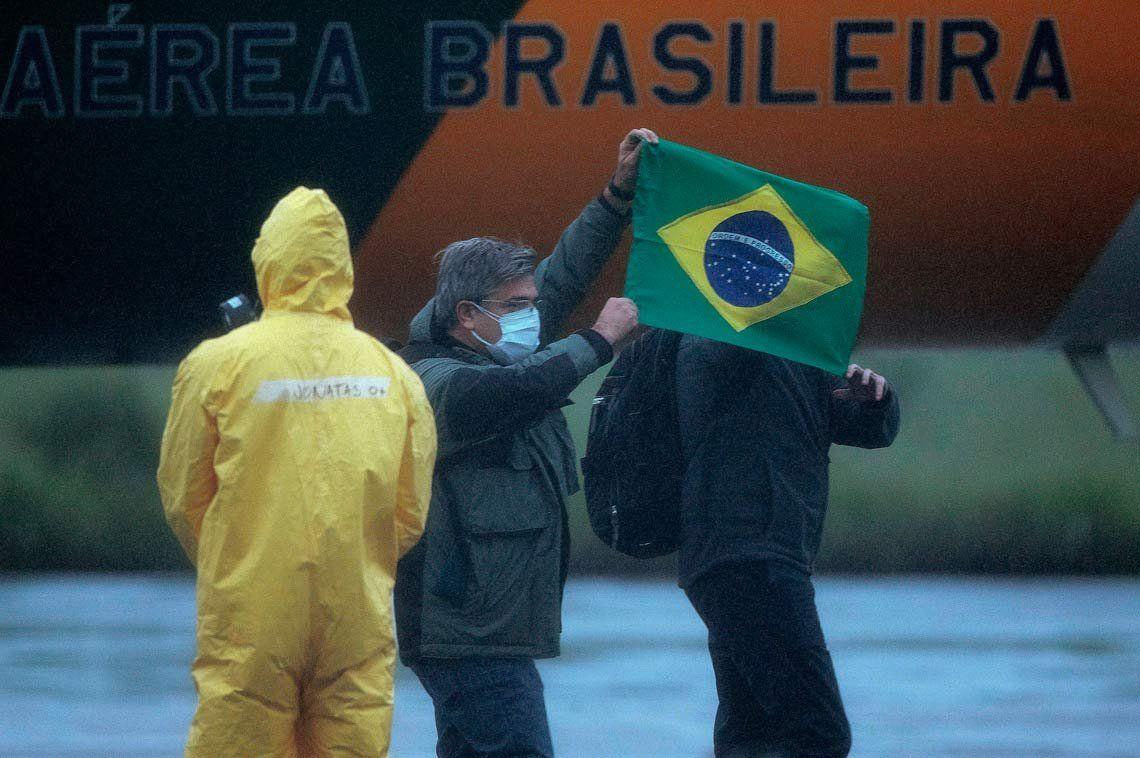 Brasil alerta por su posible primer caso de coronavirus