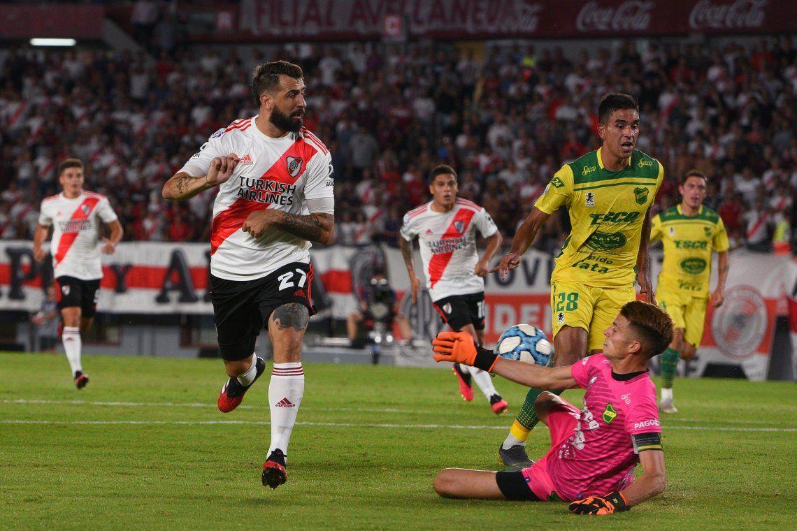 River la pasó mal, empató con Defensa y definirá el título con Boca en la última fecha