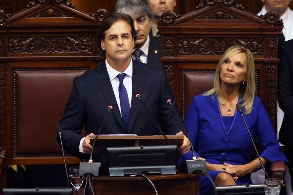 Lacalle Pou asumió como presidente de Uruguay tras 15 años del Frente Amplio