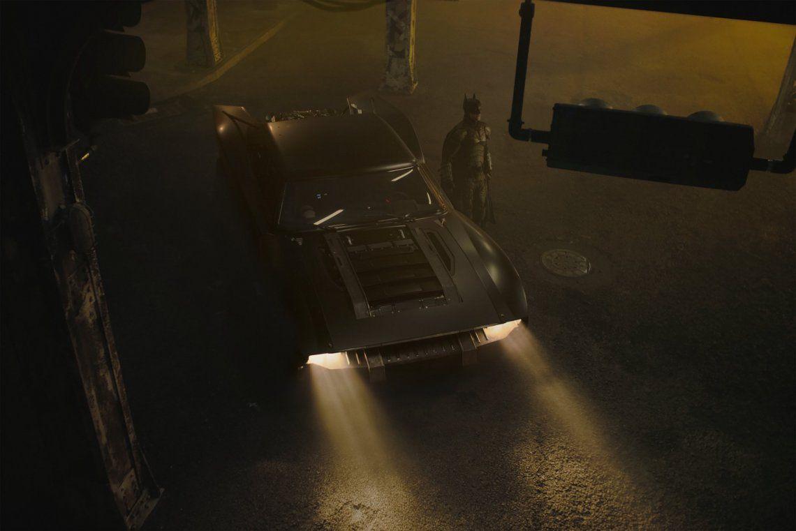 The Batman | El nuevo Batimóvil tiene una onda retro y recuerda a Rápidos y Furiosos