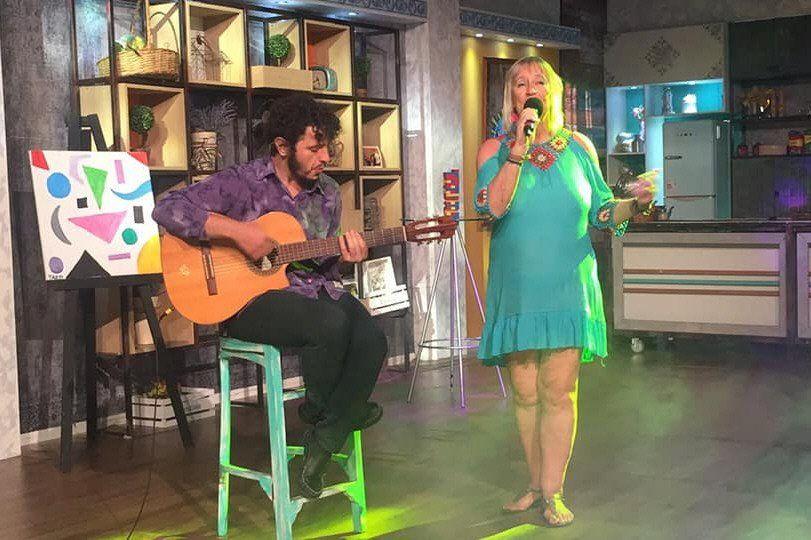 La cantante austríaca Eva Argentina se presentará en un show musical el viernes 20.