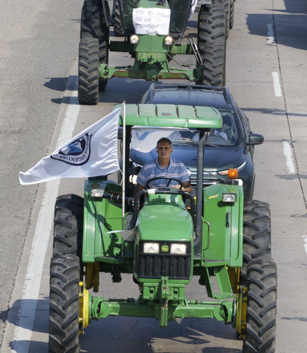 Productores agropecuarios de Córdoba se volcaron a las rutas para protestar.