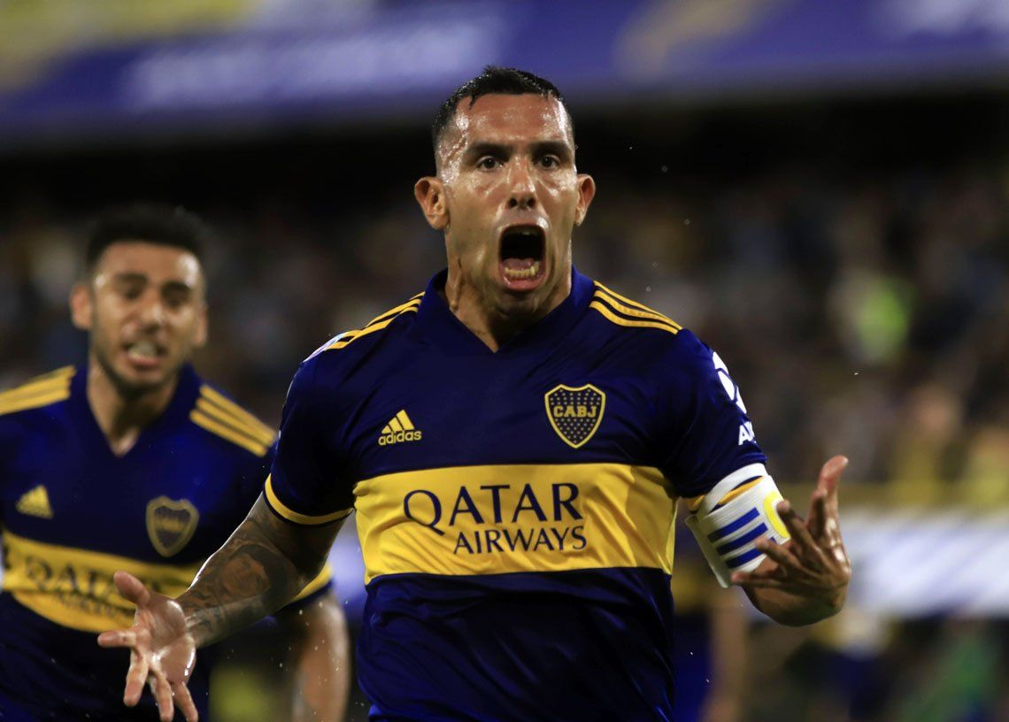 Carlos Tevez grita el gol del campeonato con el corazón