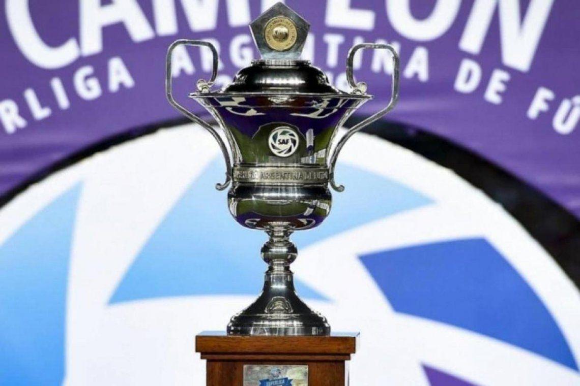Superliga: se ratificaron los tres descensos, renunció Mariano Elizondo a la presidencia y... ¿vuelve la Primera División a la AFA?